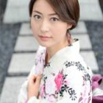 小川彩佳アナの熱愛彼氏や結婚は?美脚のキャプ画像とカップは?性格