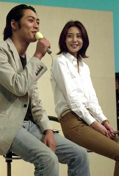 反町隆史と松嶋菜々子の結婚画像