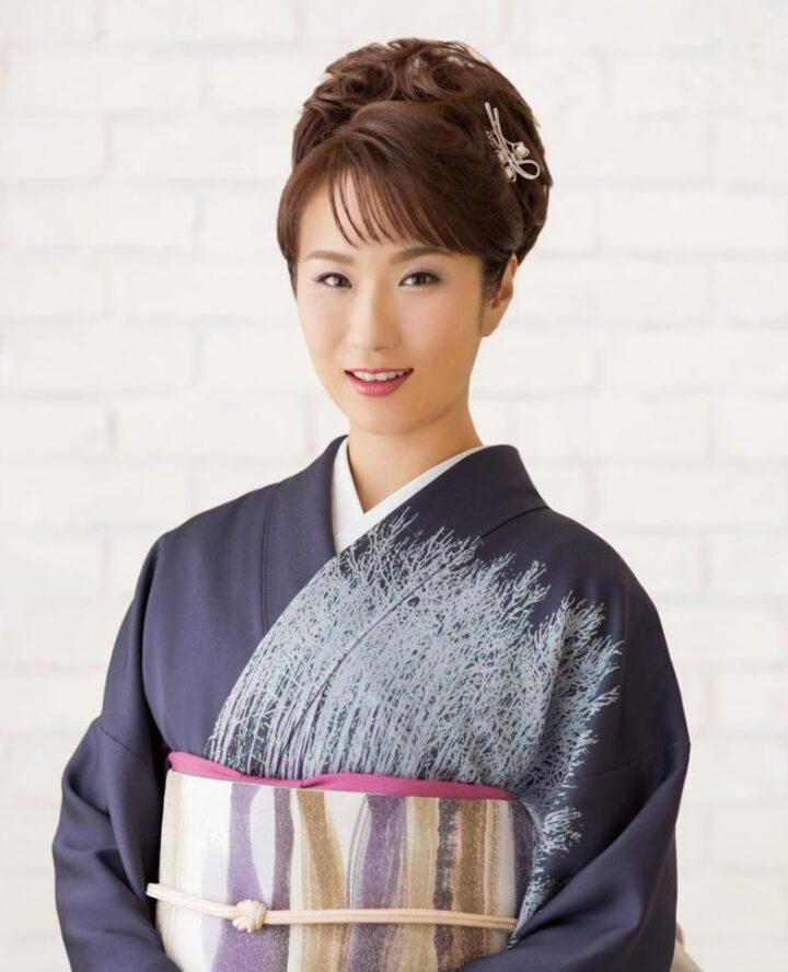 椎名佐千子の画像