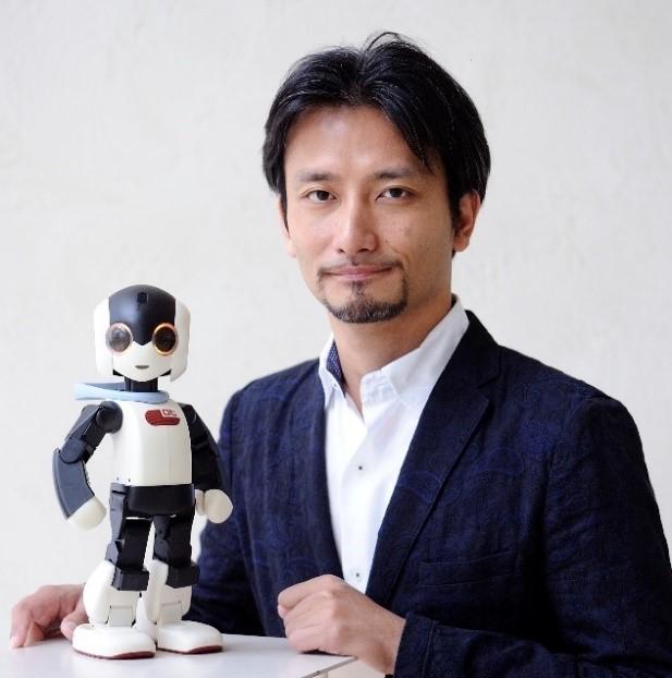 高橋智隆の画像