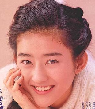 小沢真珠の画像