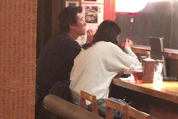 小泉今日子と豊原功補のフライデー画像