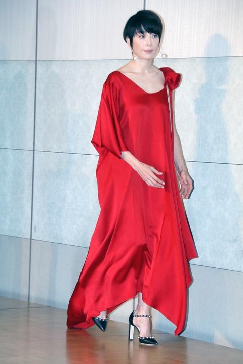 宮沢りえのアカデミー賞2018ドレス画像