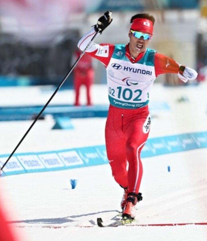 新田佳浩の金メダル画像